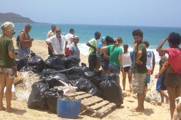Serra Negra beach clean, Sal, Cape Verde