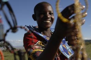 Kenyan jewelery making